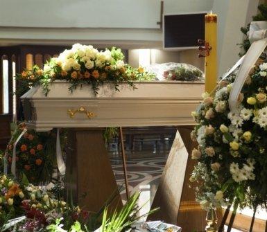 addobbi floreali, tombe, trasporto feretri