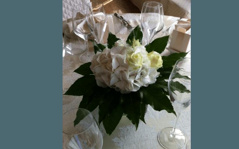 centro tavola floreali, composizioni floreali, composizioni floreali per matrimonio, addobbi floreali, addobbi per matrimoni, addobbi per cerimonie, articoli da regalo, idee regalo, composizioni, bomboniere, rieti