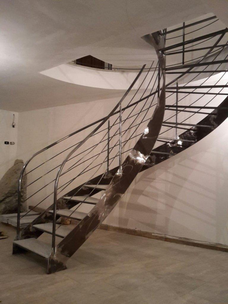 scale ferro battuto privati
