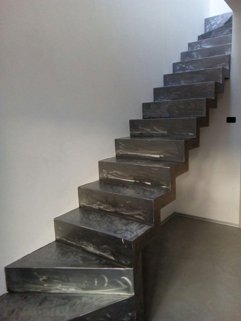 scala in ferro battuto