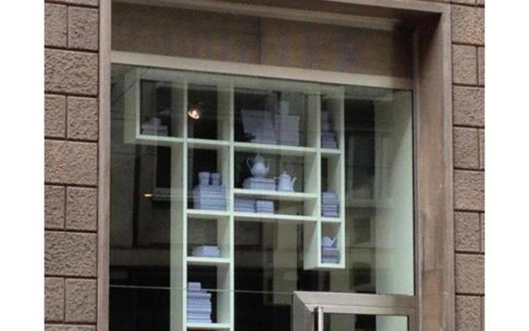 realizzazione vetrine negozi