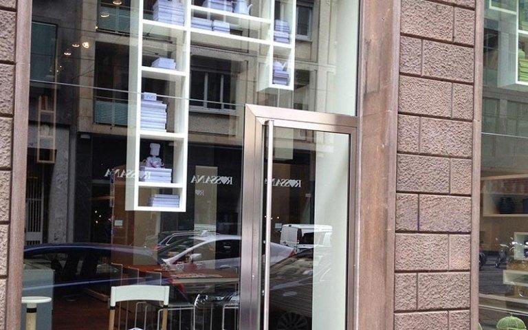 installazione vetrine negozi