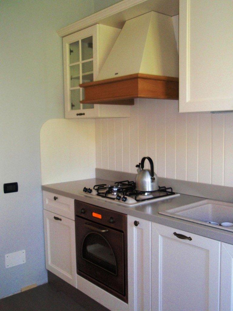 cucine in legno bianco