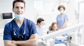 studio con odontotecnici e igienisti dentali