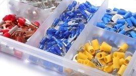 componenti per allacciamenti elettrici