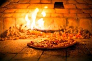 Pizzeria e specialità alla brace