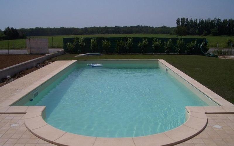 realizzazione piscine su misura milano
