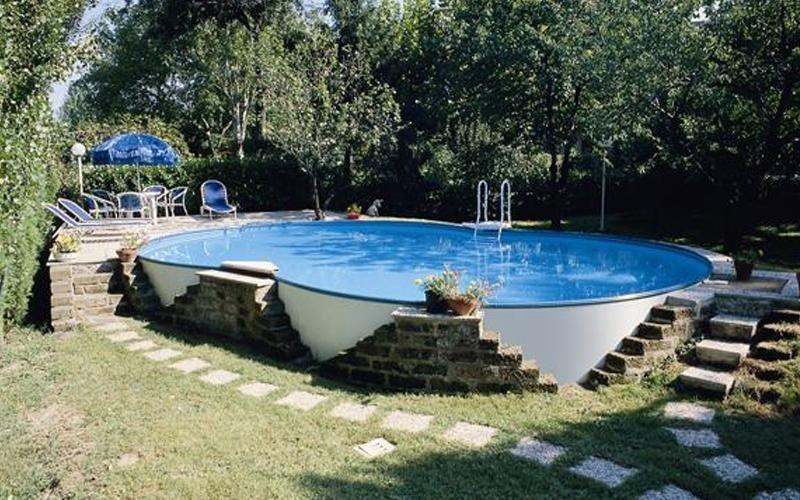 piscina su misura milano
