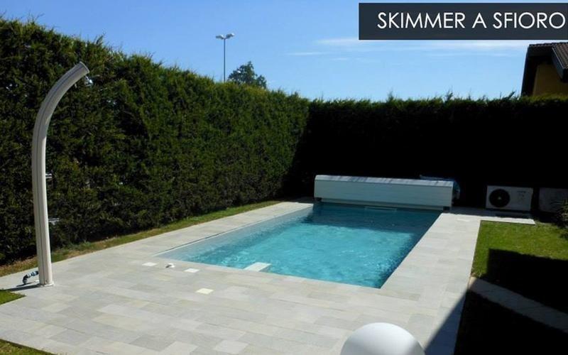 costruzione piscina skimmer a sfioro milano