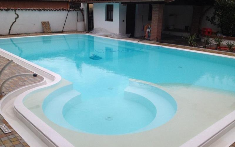 piscina privata milano