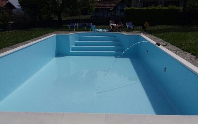 realizzazione rivestimenti per piscine