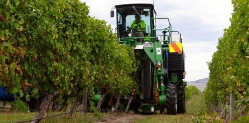 Agriculture contractors working in Blenheim