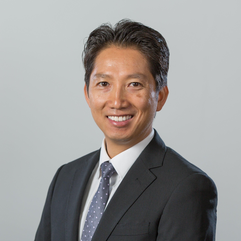 Dr Dustin Tien Pham