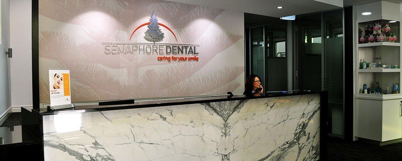 semaphore-dental-reception-area