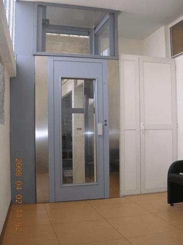 Esposizione ascensori