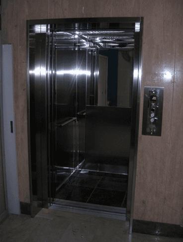 ascensore tradizionale