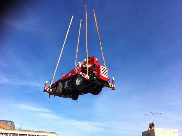 lifting truck