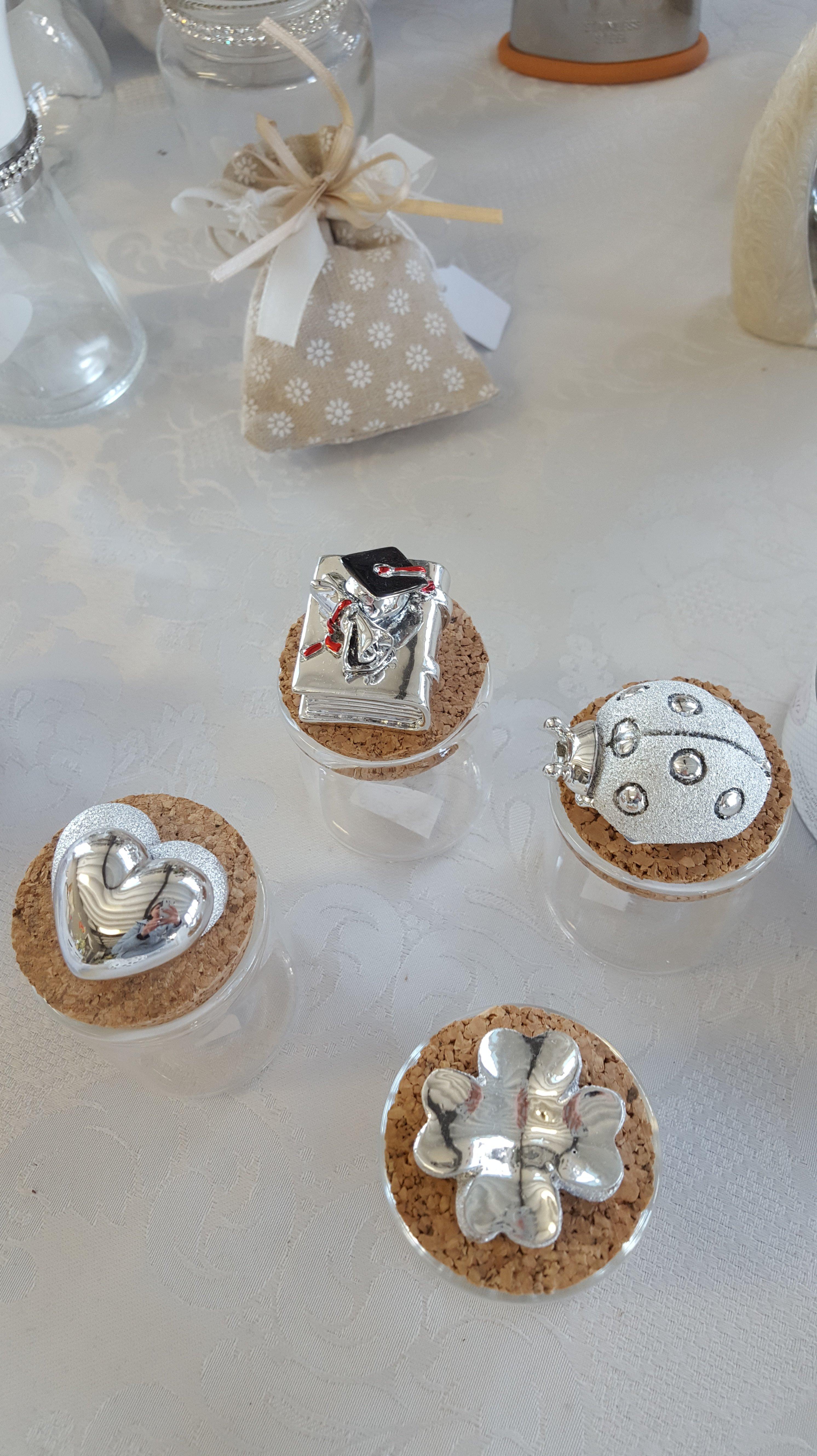 vasetti vetro con applicazioni argento