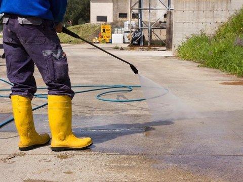 lavaggio strade fiscaglia
