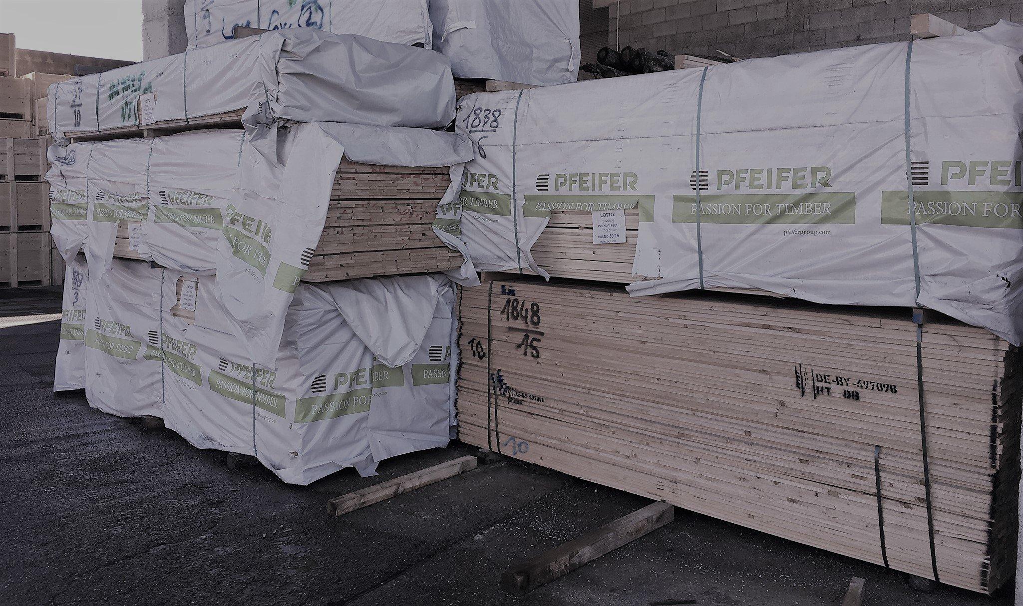 Legno per produzione imballaggi di 2 EMME IMBALLAGGI a Grignasco (NO)