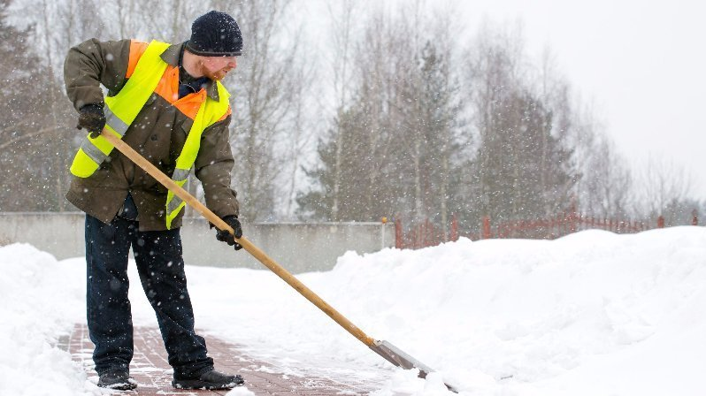 Cold-weather-safety-for-workers