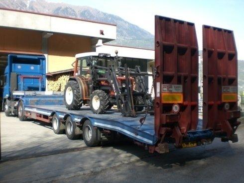 Pianale per trasporto trattori