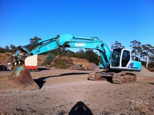 kobelco twenty tonne excavator