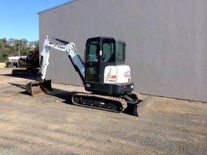 three and a half tonne excavator