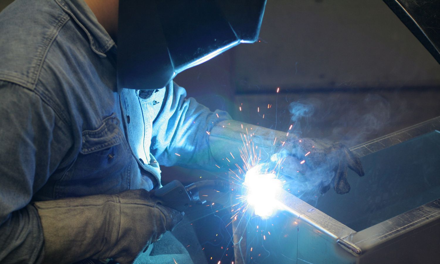 Industrial gas being used for welding in Chillicothe, OH