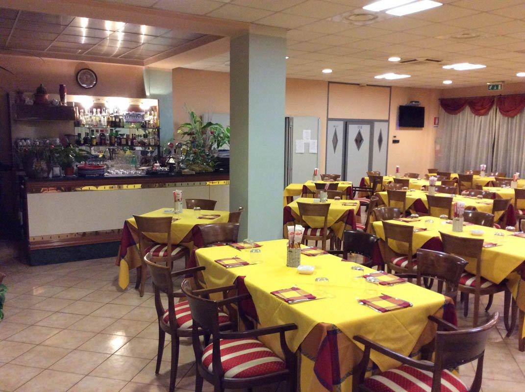 Ristorante Pizzeria La Collinetta, Mantova, Tavolate