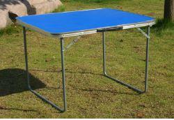 tavolino per il campeggio a Stanghella, PD
