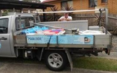 poolside-cleaning-truck