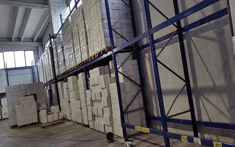 Fornitura scaffalature per magazzino