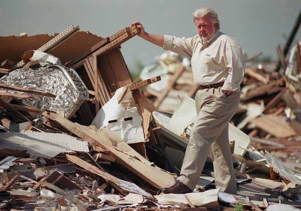 Tim's service and leadership are proven. He took it upon himself to enter full time into public office after the 1999 tornado caused massive damage to Haysville. He has been working to improve our community ever since.