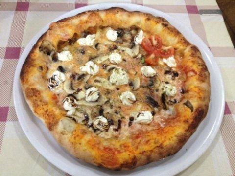 pizza con la philadelfia