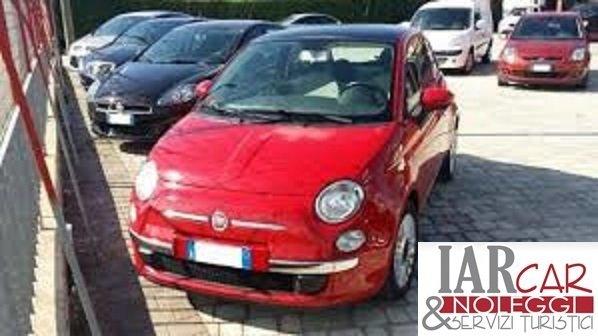 Fiat Cinquecento rossa