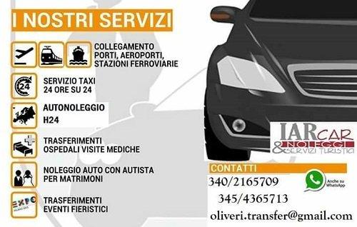 una brochure con un'immagine di una macchina e una scritta I nostri servizi