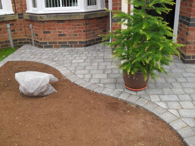 If you need a pathway laying in Bristol call 01275 454 464
