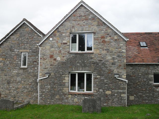 When you need stonework undertaking in Bristol call 01275 454 464