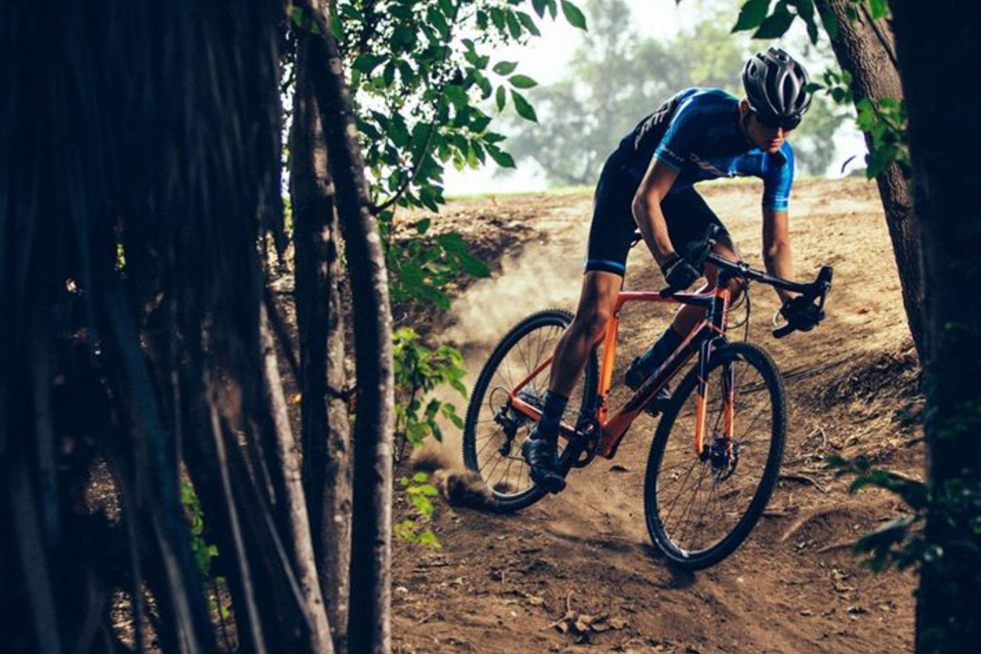 Dallas-Bike-Works_Review_2018-Giant-TCX-Advanced-Pro
