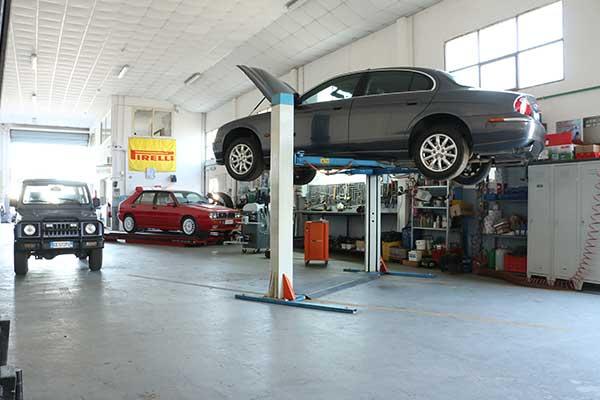 Assistenza e Ricambi presso Mondo Motori Service a Crotone
