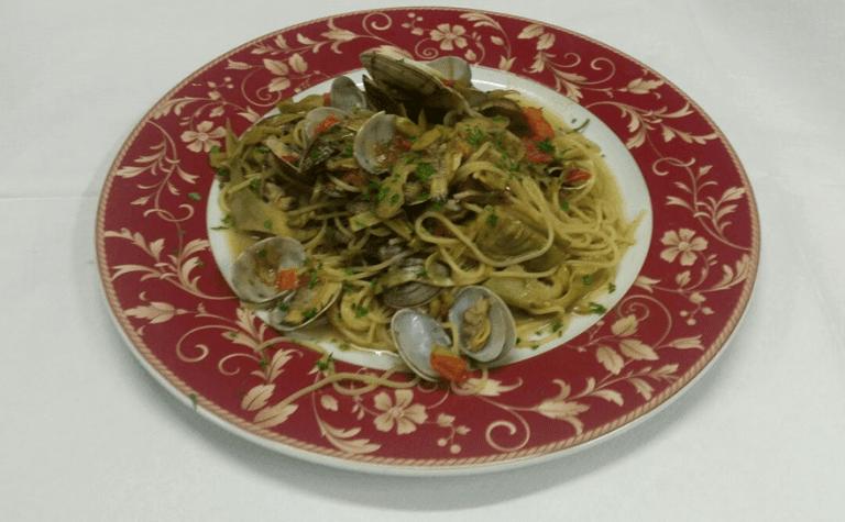 Spaghetti vongole e carciofi