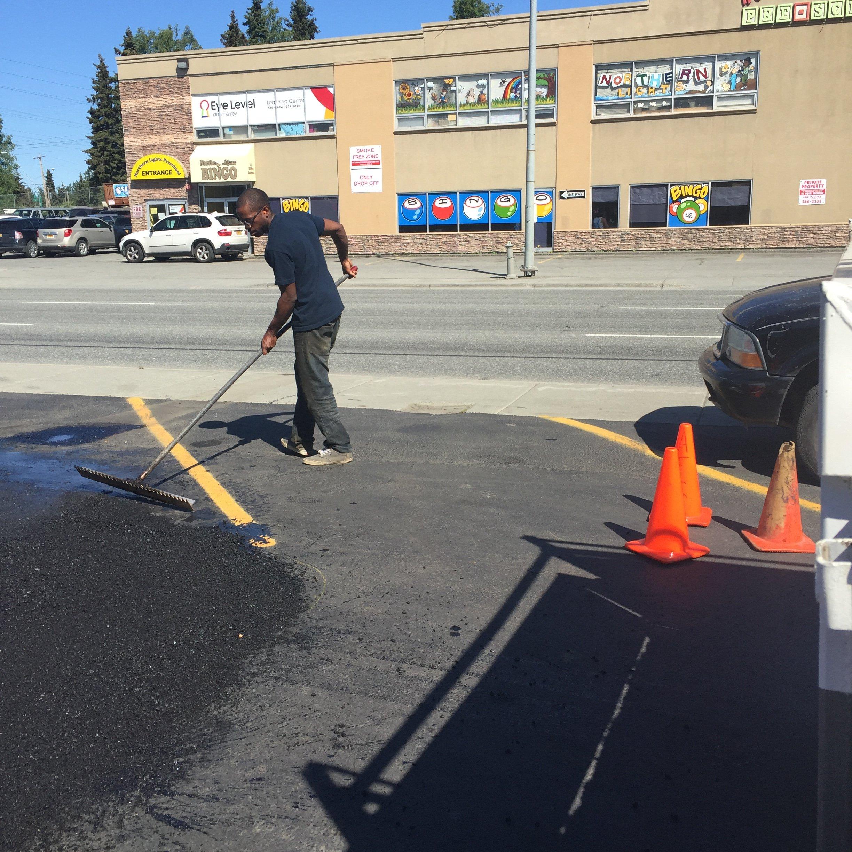 spreading out asphalt
