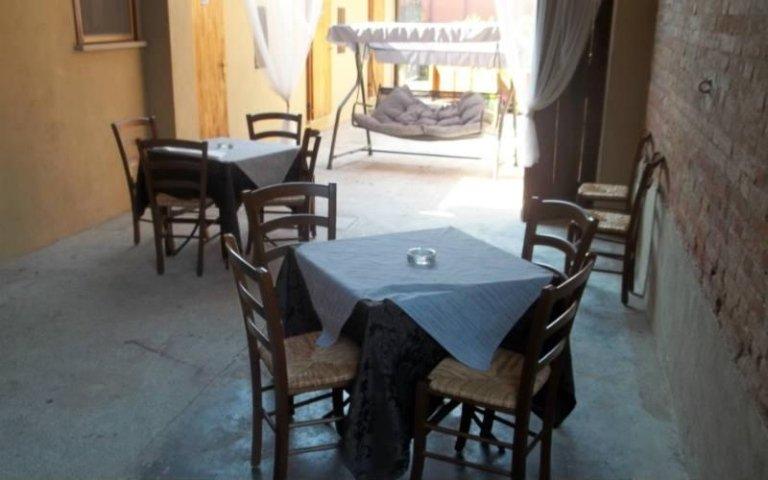Location per cerimonie annicco cremona pizzeria e - Ristorante con tavoli all aperto roma ...