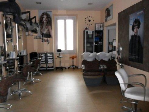 Interno del salone di parrucchieri Gerardo e Giacomo.