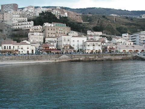 Pizzo, Calabria con mare