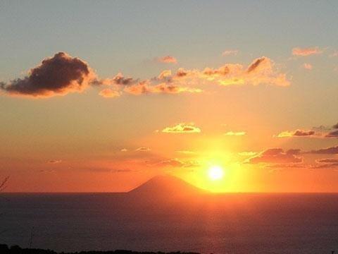 vista tramonto al mare