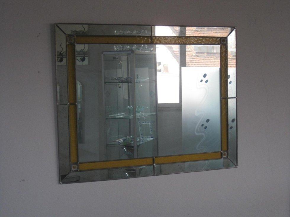 Specchio con rilegatura in piombo