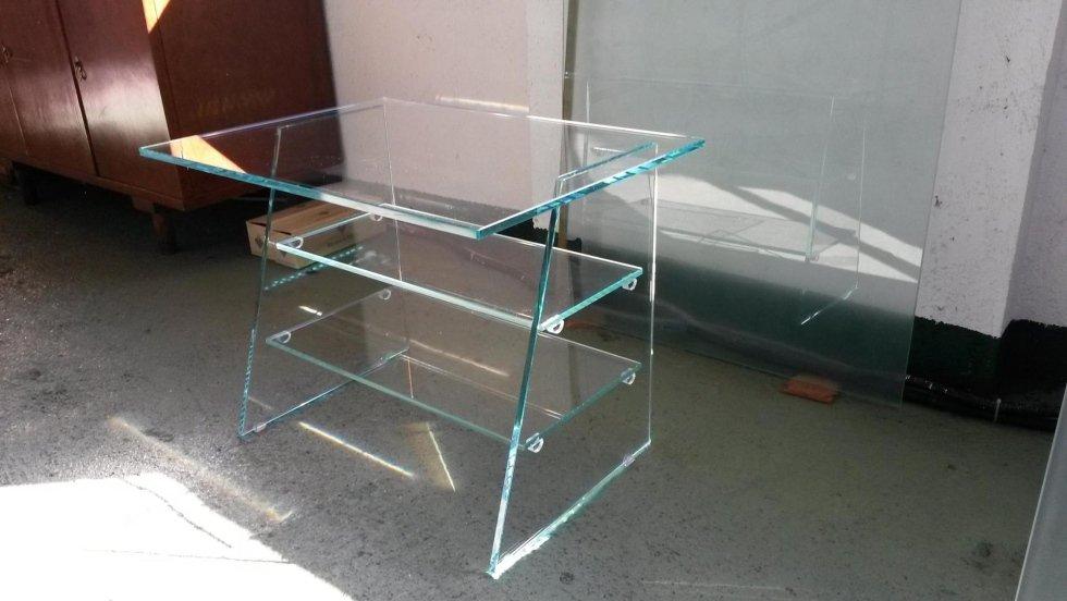 Tavolino in Extrachiaro