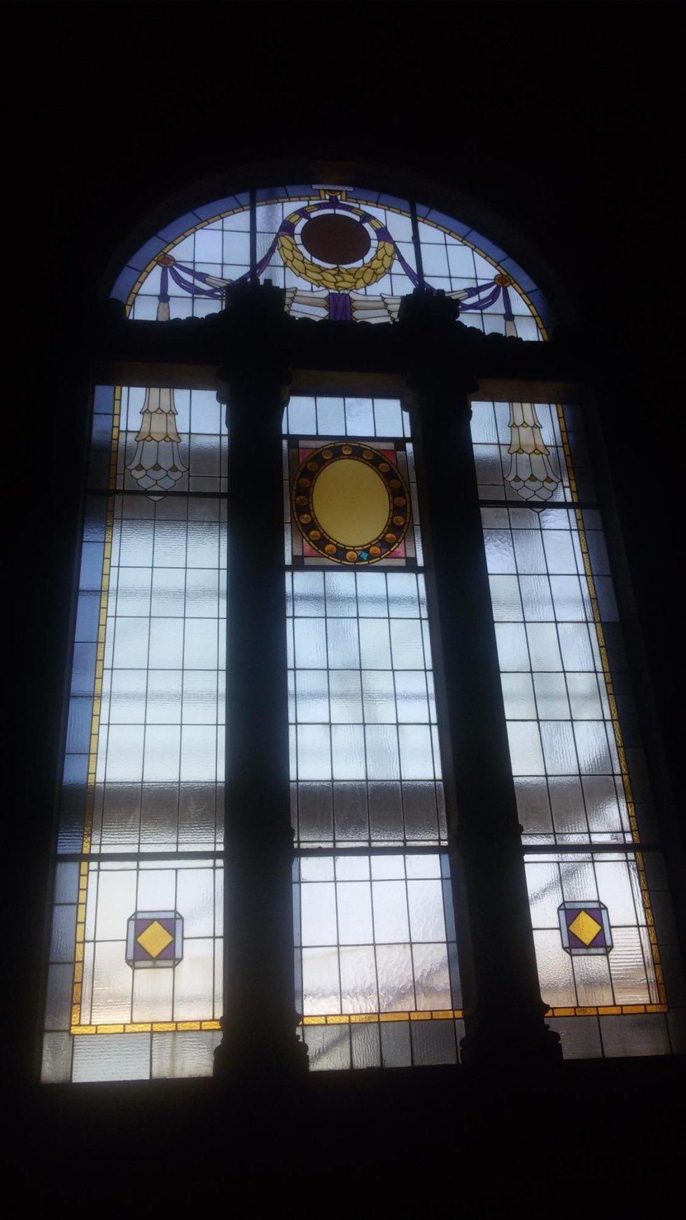 Restauro vetrate rilegate presso Comune di Asola (MN)